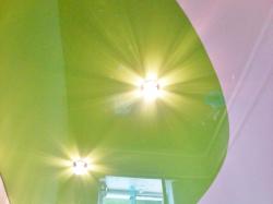 Глянцевый натяжной потолок разных цветов в Большой Талде