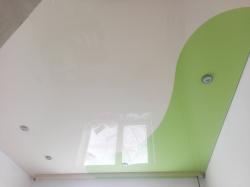 Сочетание зеленого и белого оттенков